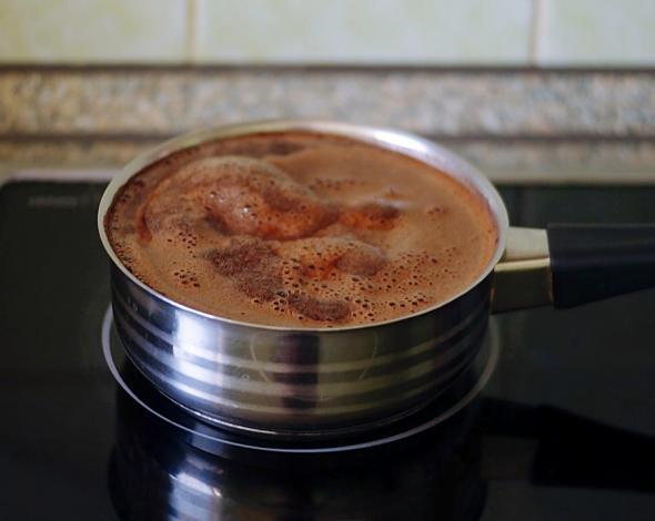Варить кофе в кастрюле
