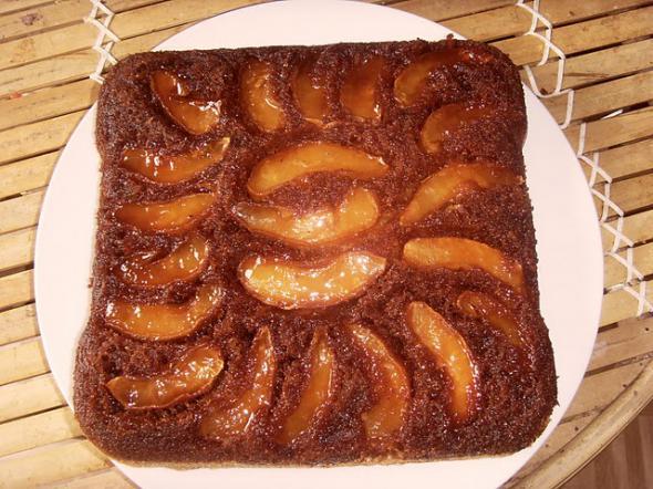 яблочно карамельный пирог