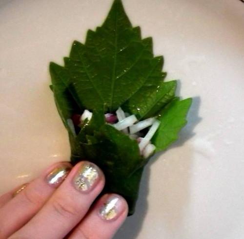 плов с голубцами из виноградных листьев