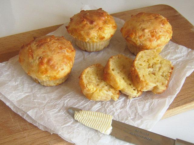 Сырные кексы рецепт