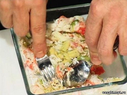 рецепт салата из рыбы с авокадо
