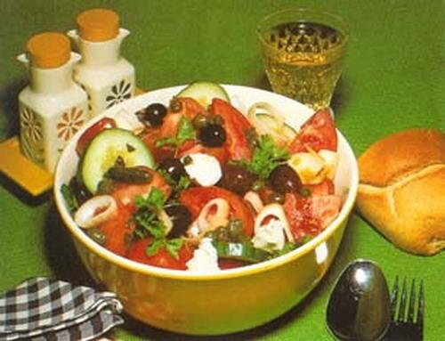 Классический греческий салат салаты