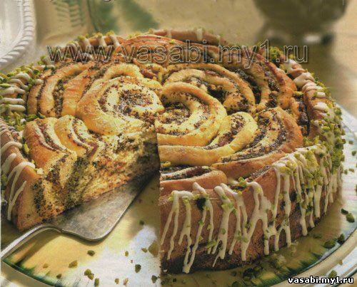 Пышный пирог розочка с сочной маковой начинкой и изюмом